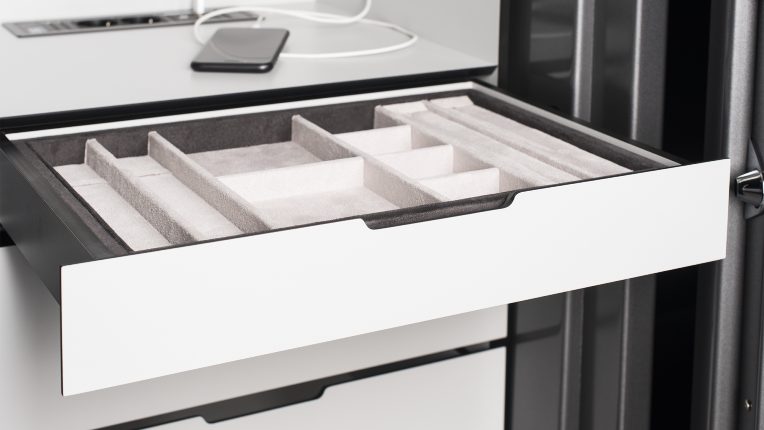 Soft close system drawers